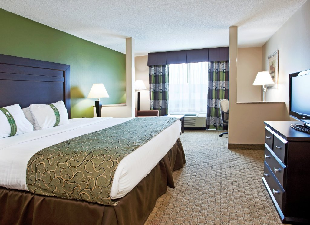 Holiday Inn Toledo/Maumee