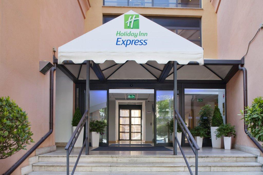 Holiday Inn Express Rome - San Giovanni