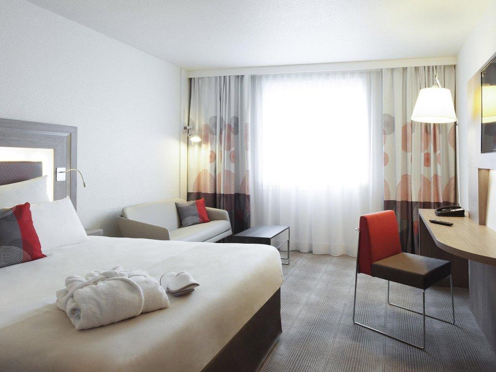 諾富特巴黎阿尼埃爾酒店