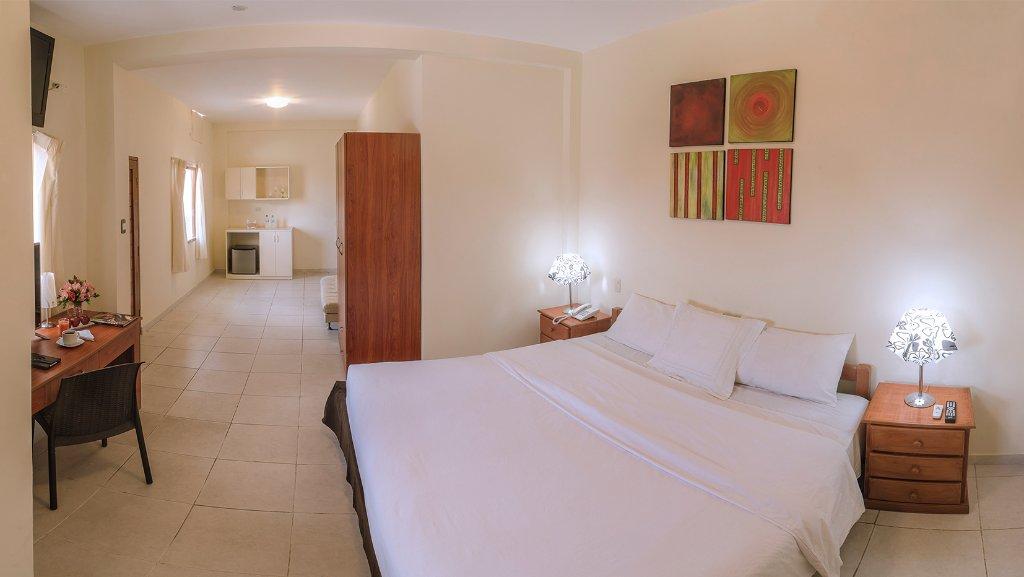 Dorado Hotel Express