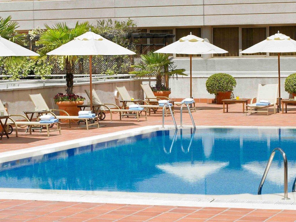 諾富特坎波德拉斯納西昂酒店