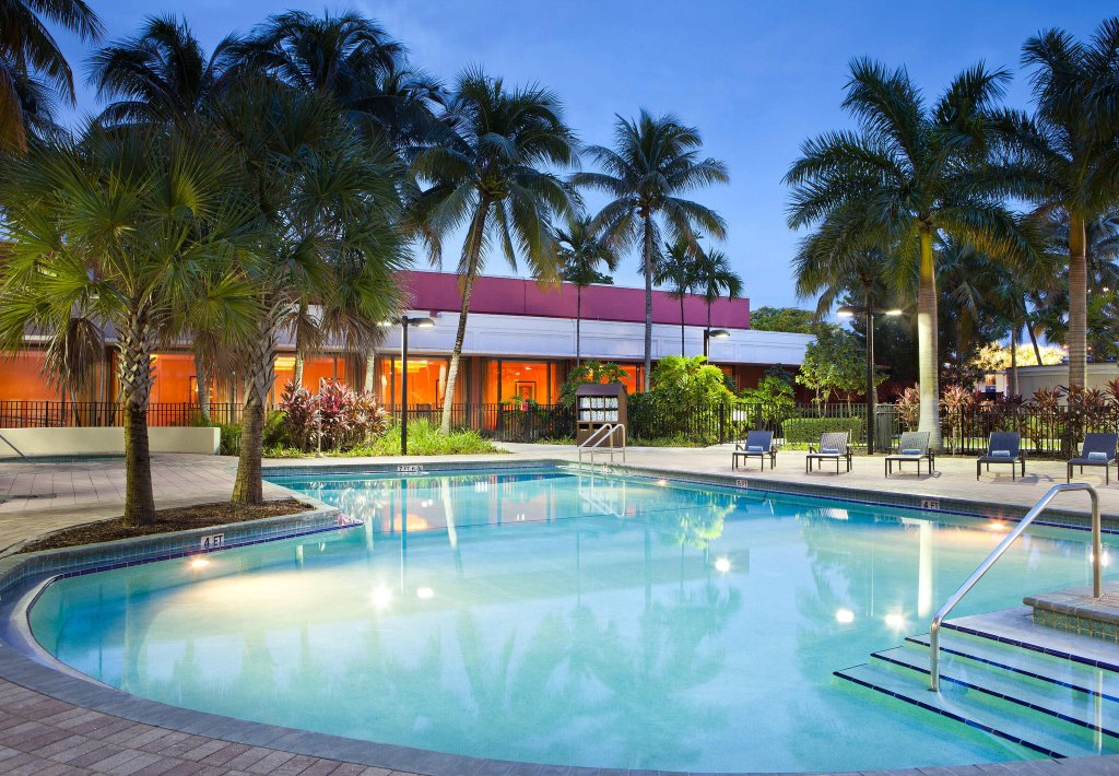 Courtyard Miami Airport
