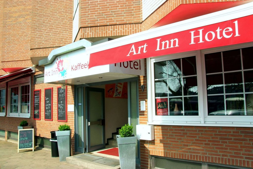 Art Inn Hotel