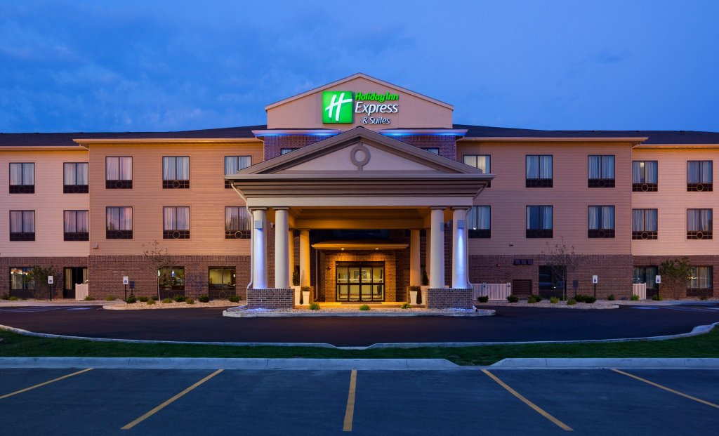 Holiday Inn Express & Suites Mason City