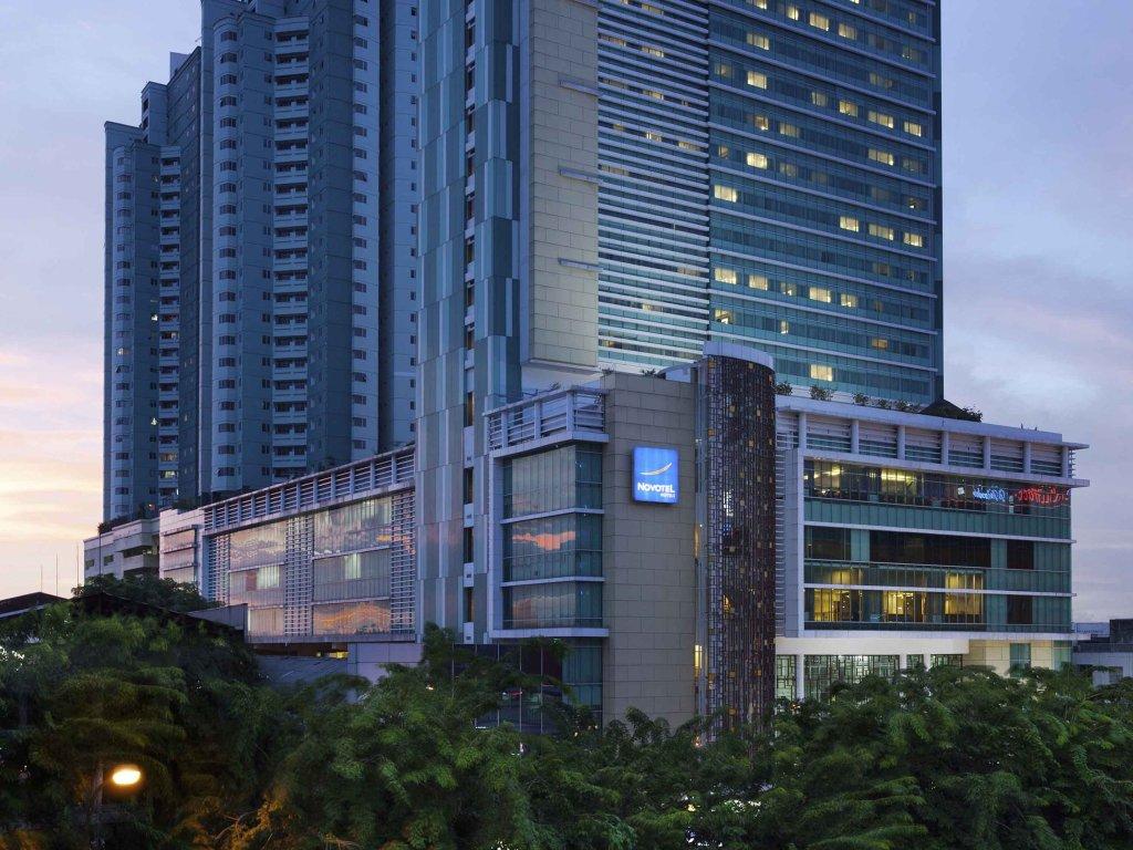 Hotel Novotel Jakarta Gajah Mada