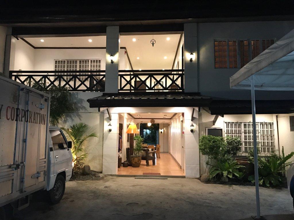 Hotel RL Apartelle