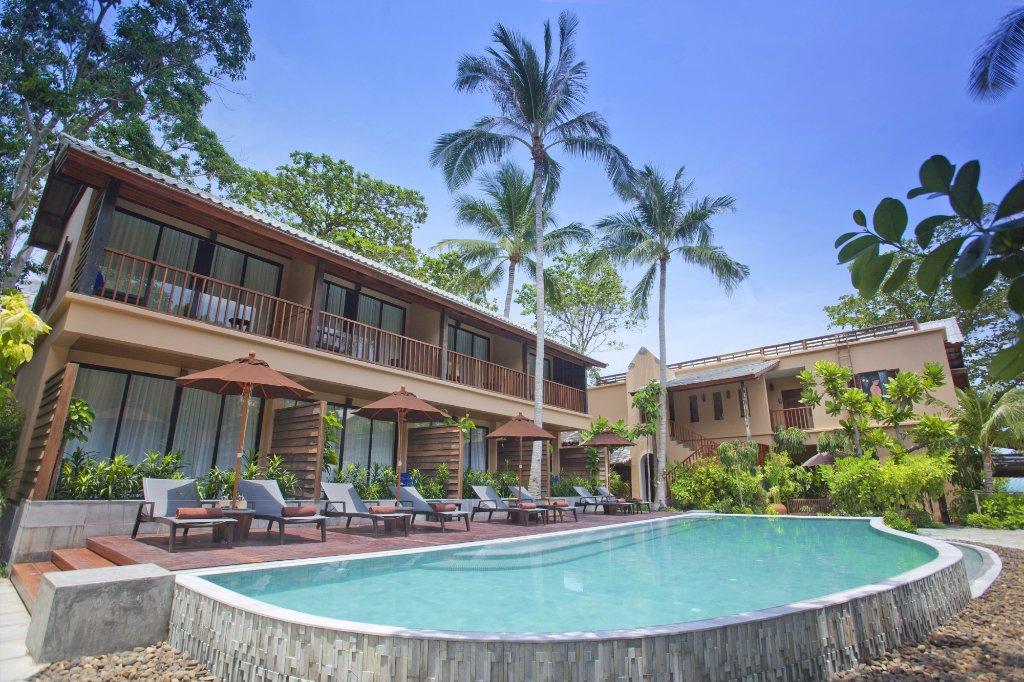 武裡拉莎帕岸島酒店