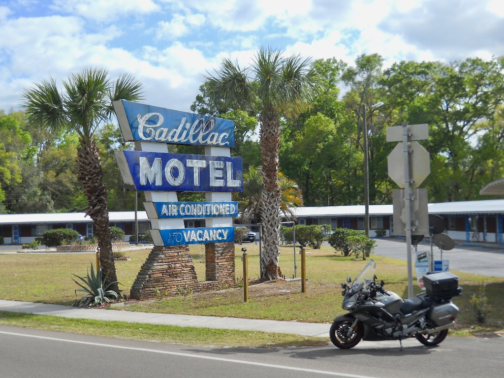Cadillac Motel