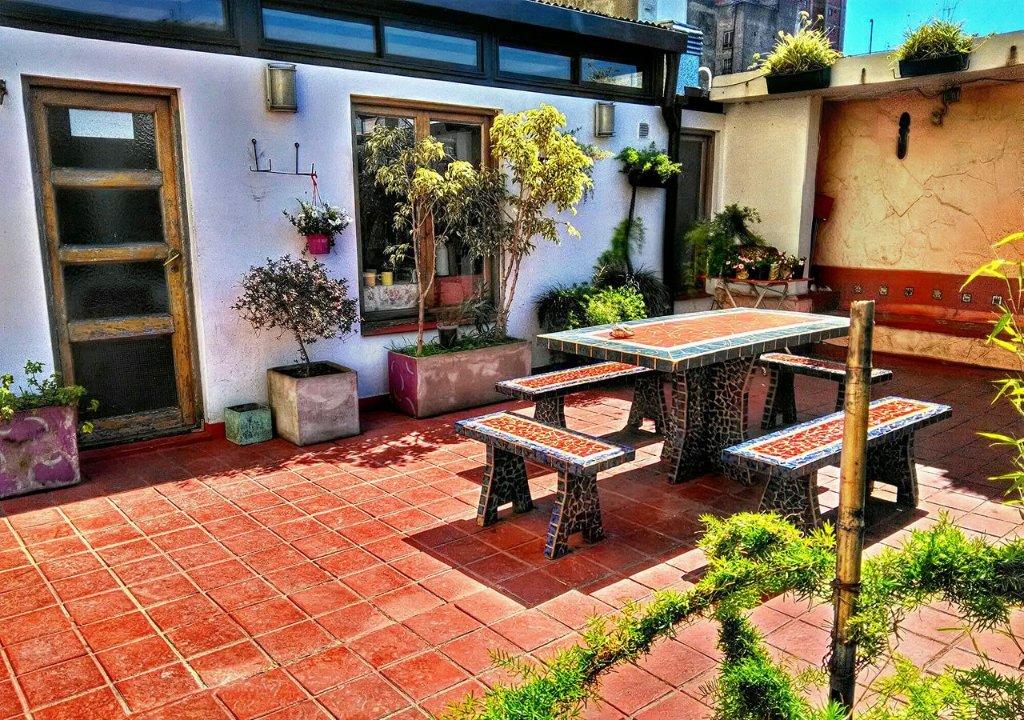 ガーデン ハウス ホステル