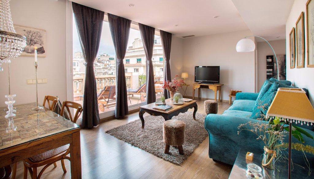 BCN蘭布拉加泰羅尼亞公寓