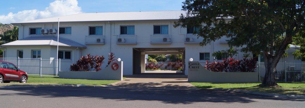 Castle Crest Motel