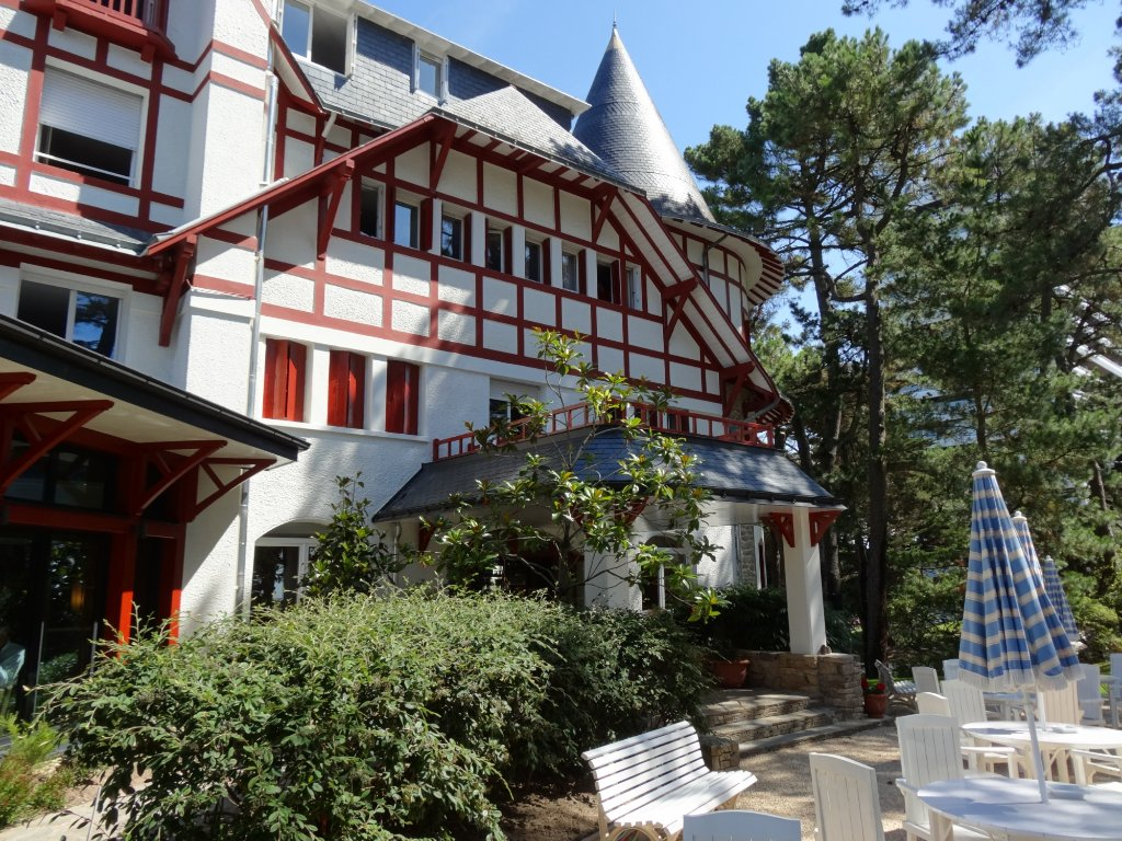 Hotel Les Pleiades - La Baule