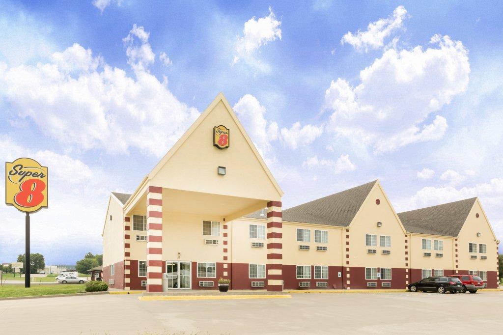 堪薩斯州霍爾頓速 8 飯店