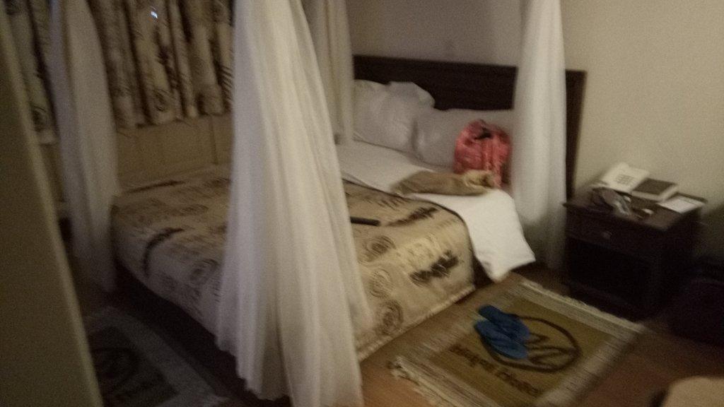 Maxoil Hotel