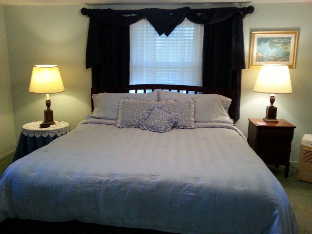 Arrowmont Stables & Cabins, LLC