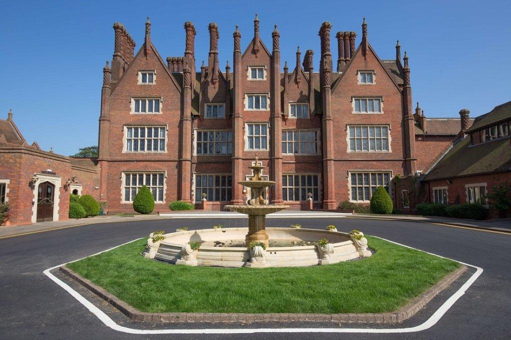 Dunston Hall