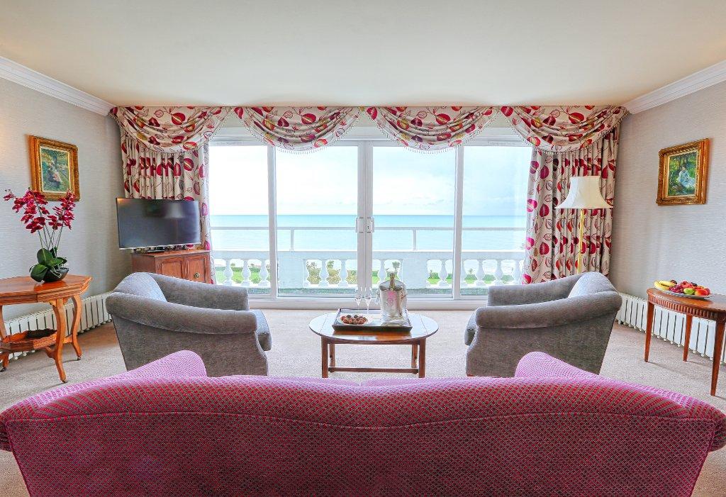 伊斯特本格蘭德大飯店