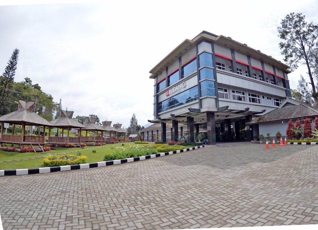 Rudang Hotel Berastagi