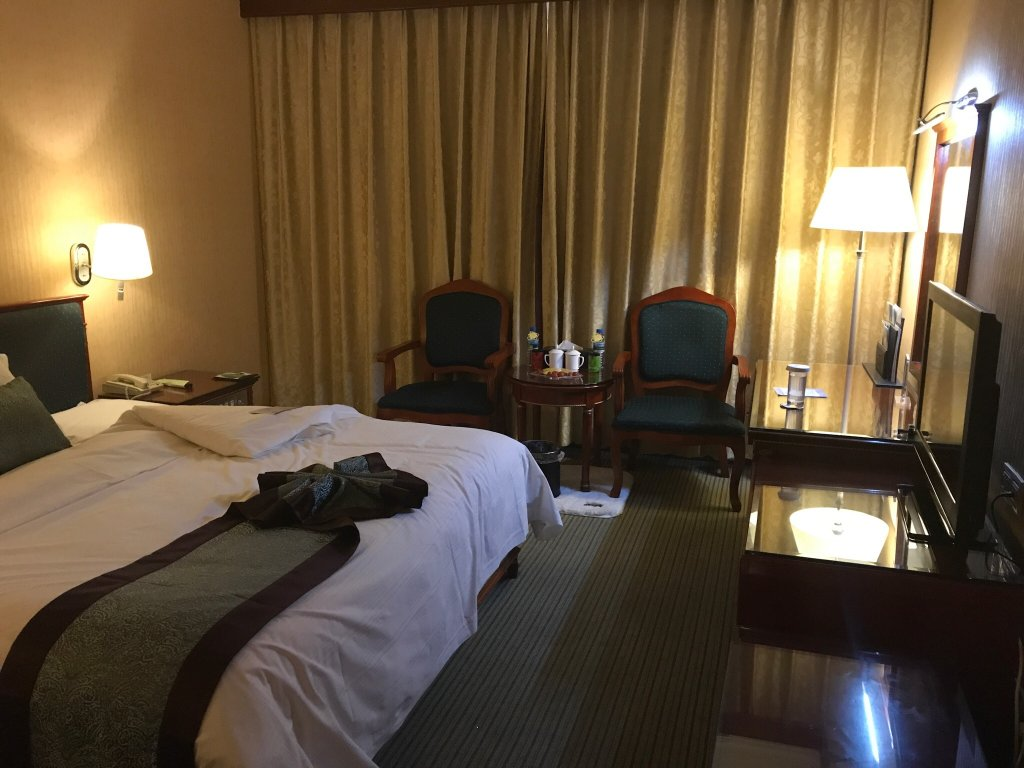 Chengshan Friendship Hotel
