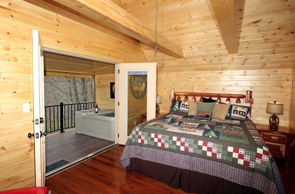 Honeymoon Hills Cabin Rentals