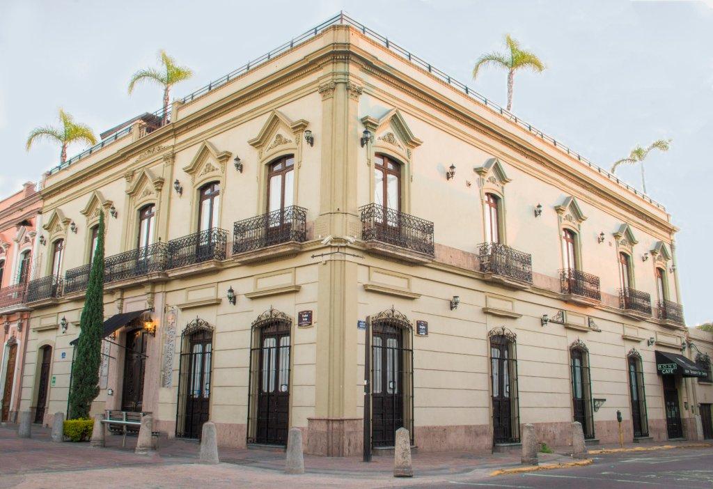 カサ ペドロ ロザ プチ ホテル