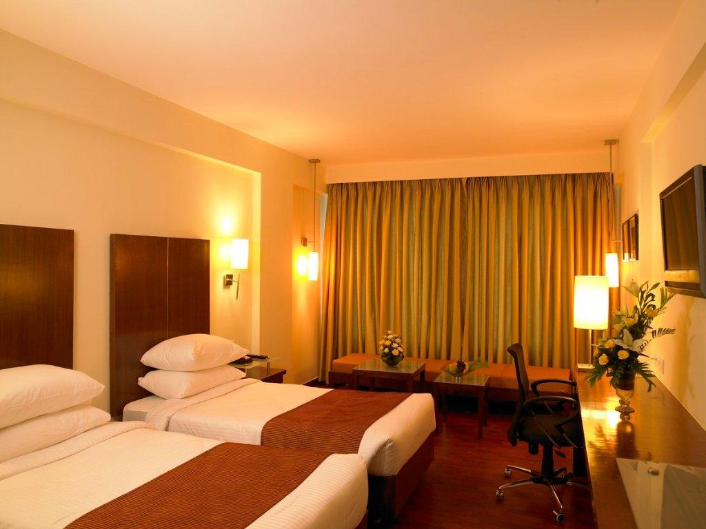 ホテル パラダイス