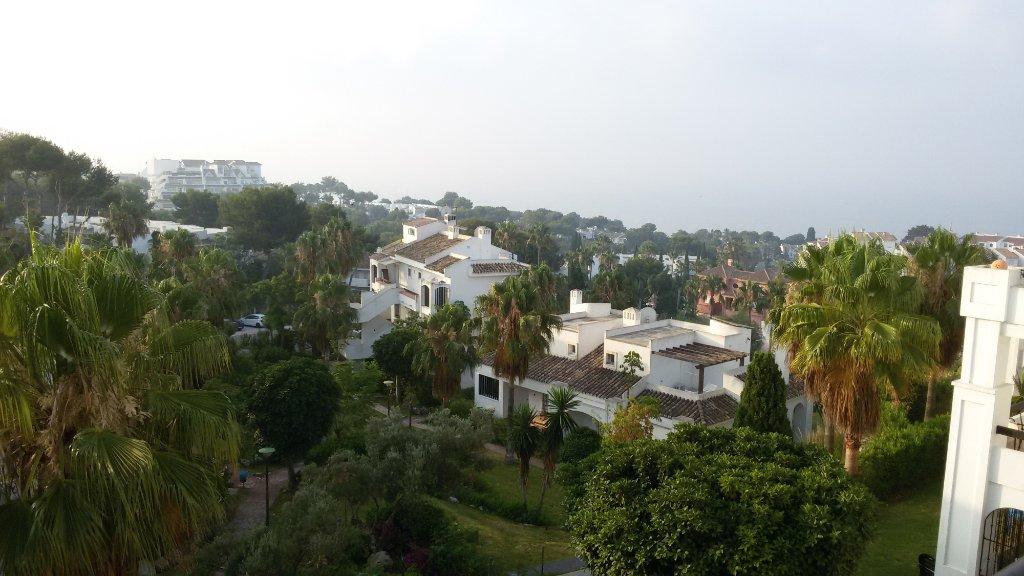 Albamar Golf Apartments