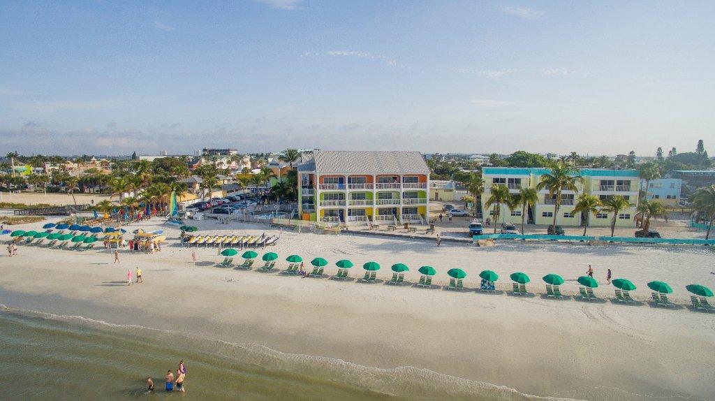 Pierview Hotel & Suites