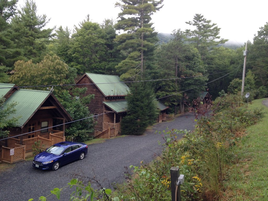Bear Den Family Campground & Cabins