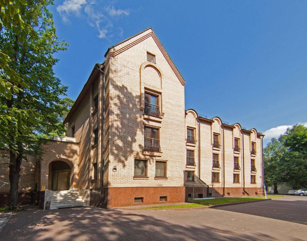 Royal Zenith Hotel II