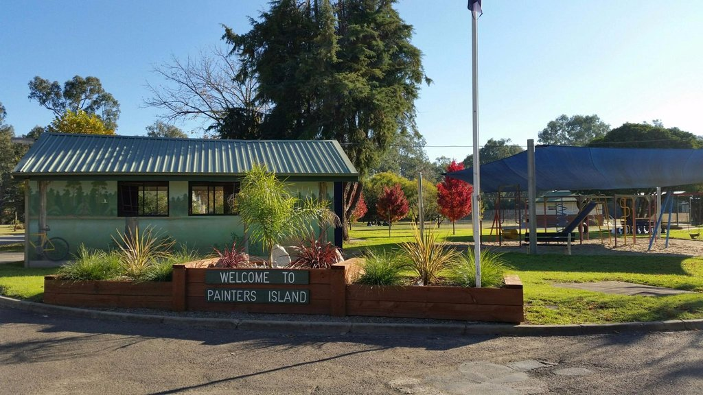 Painters Island Caravan Park