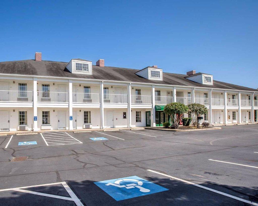 Quality Inn Seneca