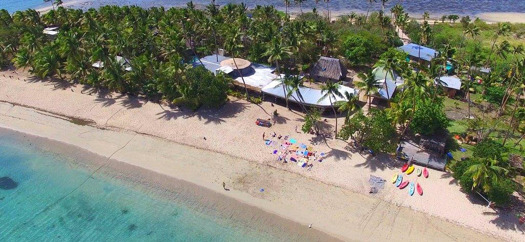 Robinson Crusoe Island Resort