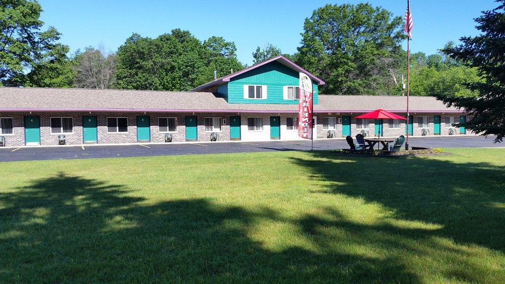 Northwinds Lodge at Higgins Lake