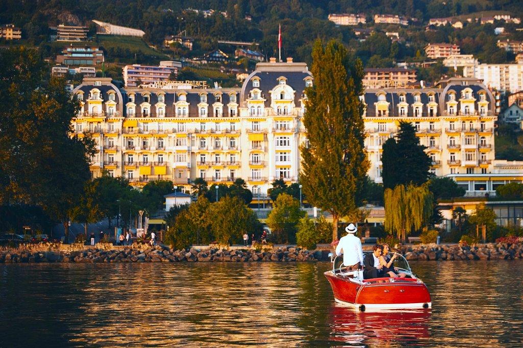 la suisse, deux francs View-of-fairmont-le-montreux