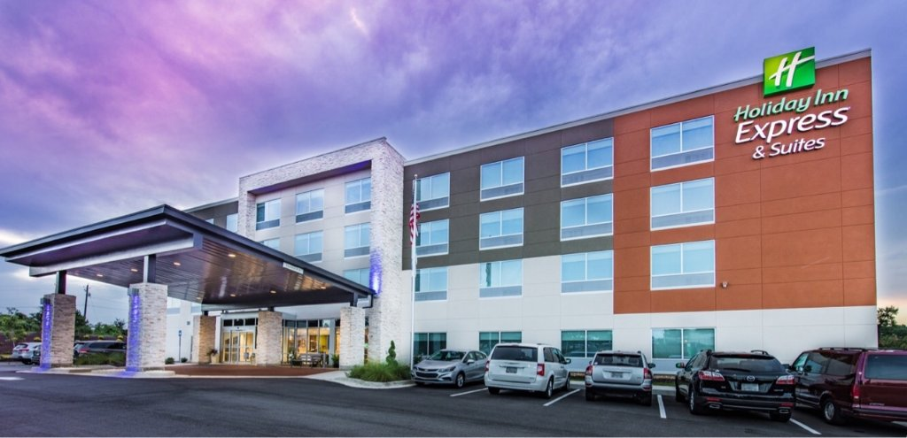 Holiday Inn Express & Suites Milledgeville