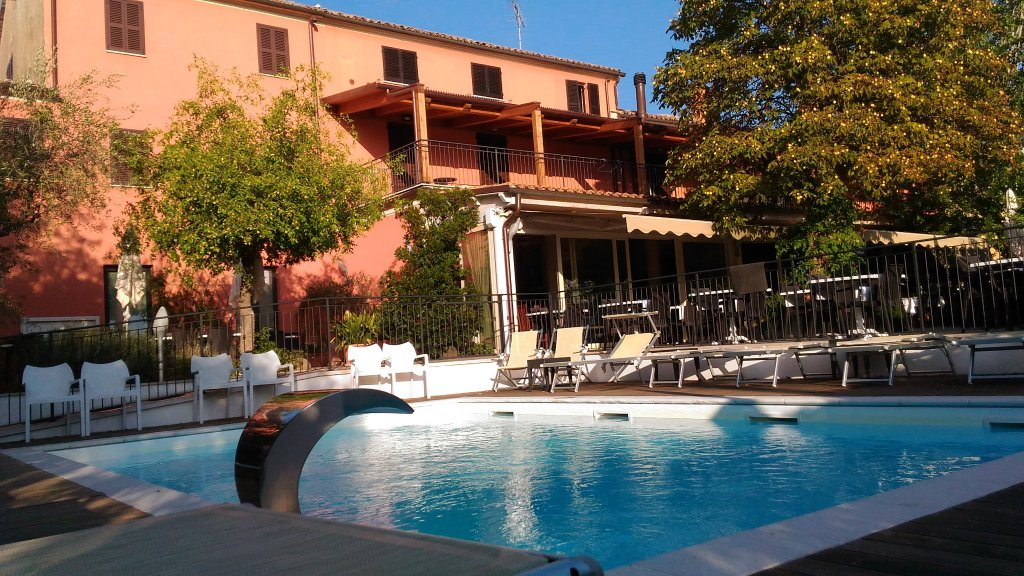 La Palomba Hotel