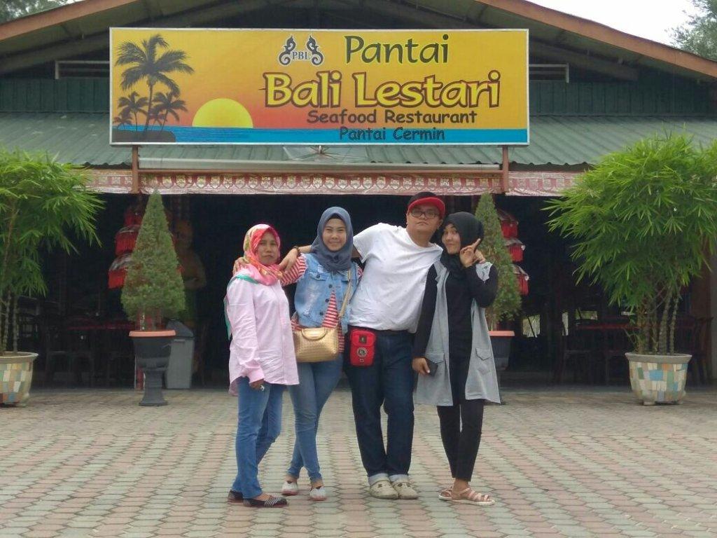 Pantai Bali Lestari