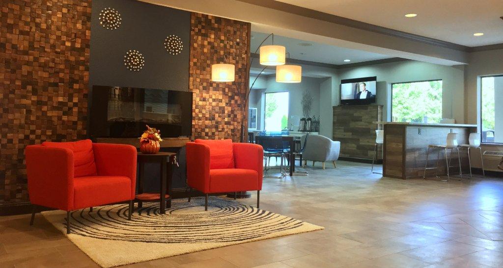 Baymont Inn and Suites Ofallon ST. Louis Area