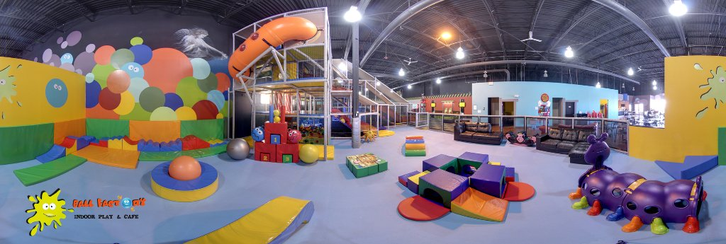 ‪Ball Factory Indoor Play & Cafe‬