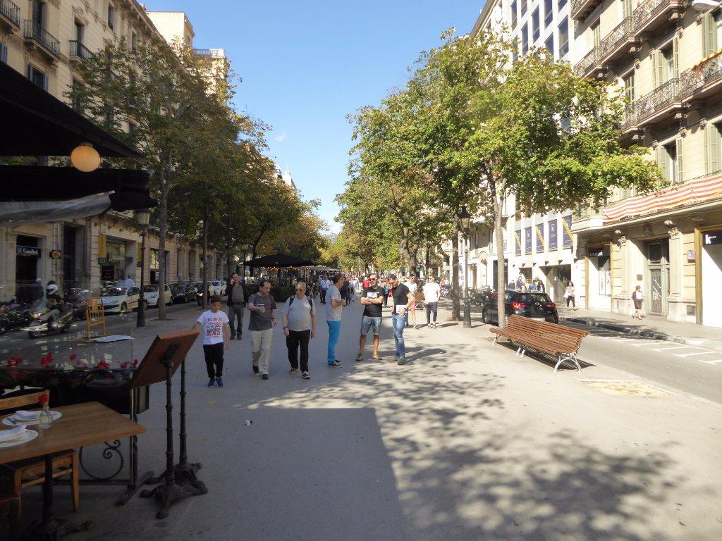 巴塞隆纳, 西班牙 加泰罗尼亚兰布拉大道 旅游景点评论