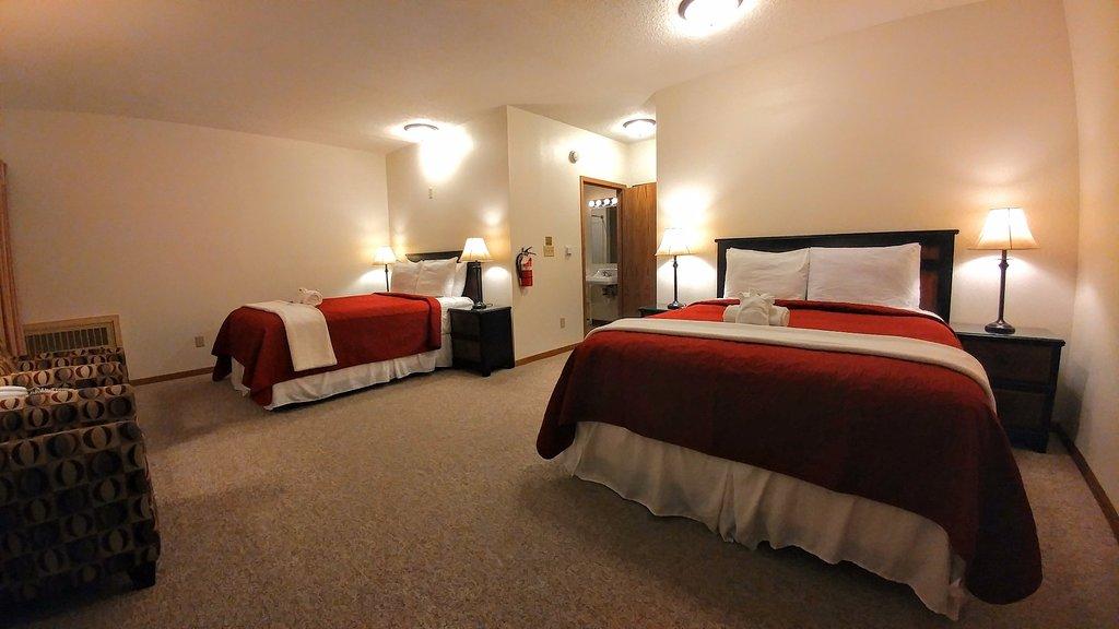 Alexis Park Inn & Suites