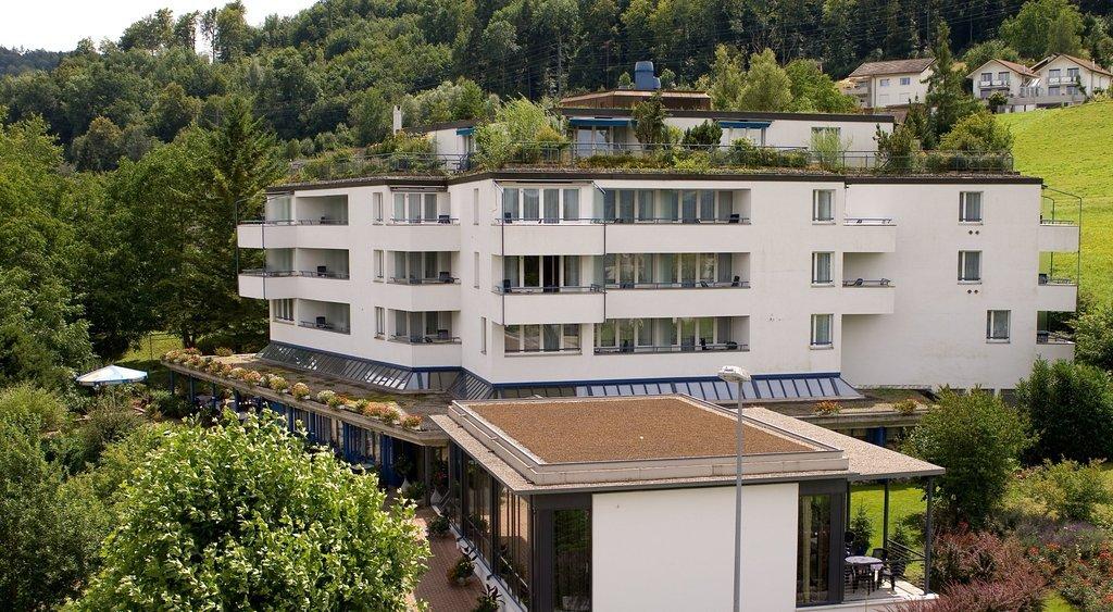 クアホテル スイス クオリティ ホテル