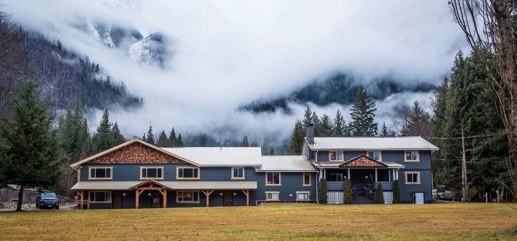 Bella Coola Eagle Lodge