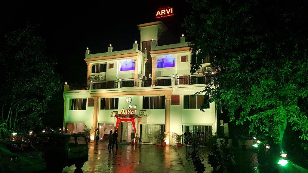 OYO 9806 Hotel Arvi
