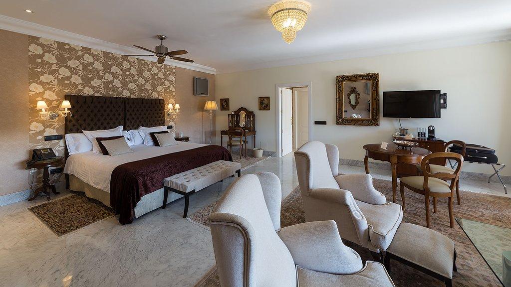 Hotel Los Cinco Enebros