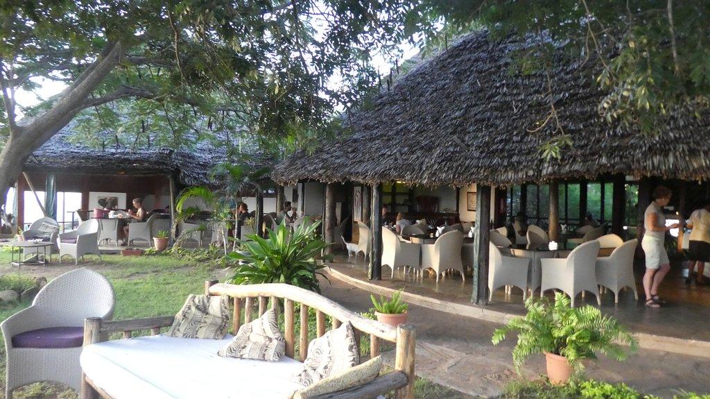 Lion Hill Safari Lodge