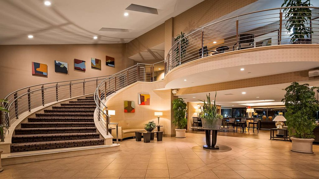 ベストウェスタン プラス ベイサイド ホテル