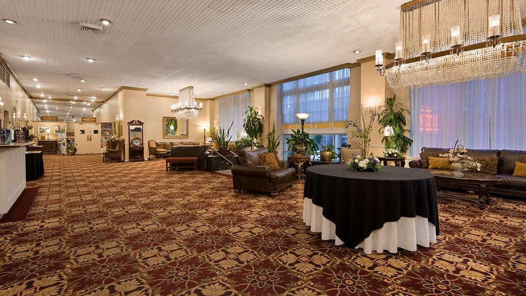 SureStay Collection by Best Western Genetti Hotel