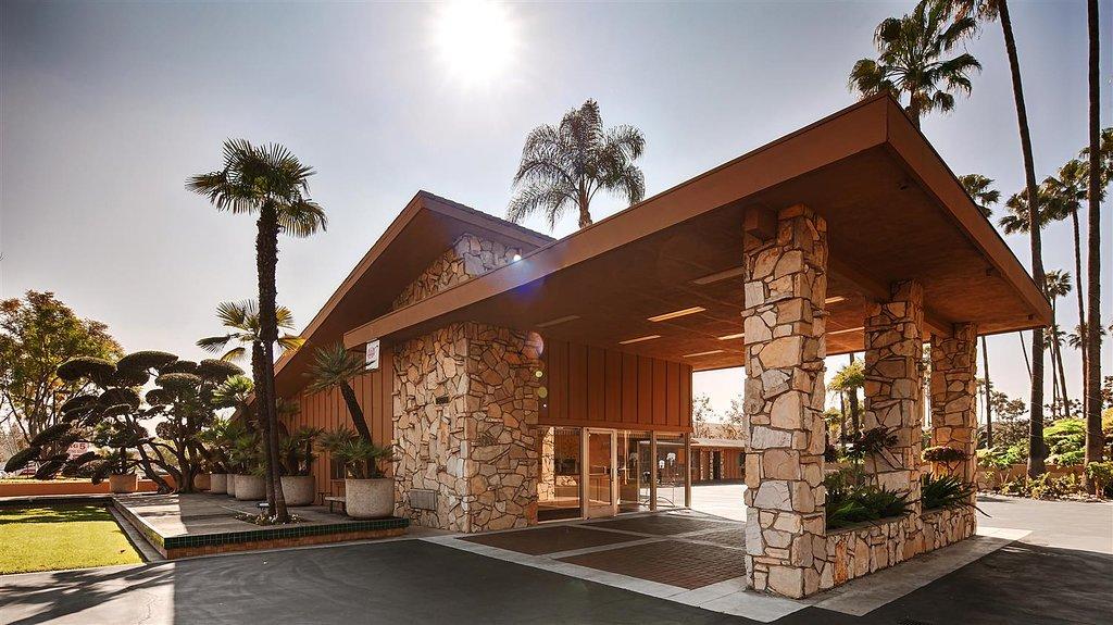 Best Western Pine Tree Motel
